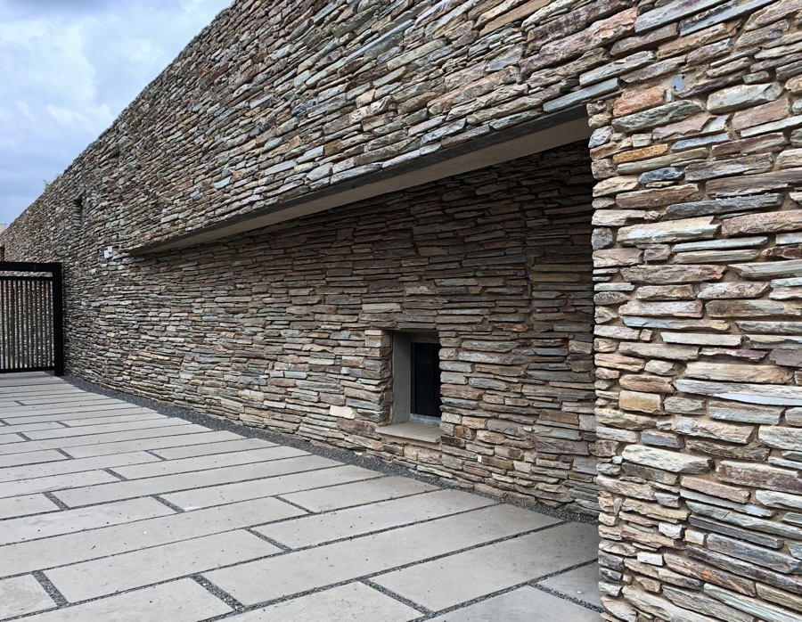 building design stone wall